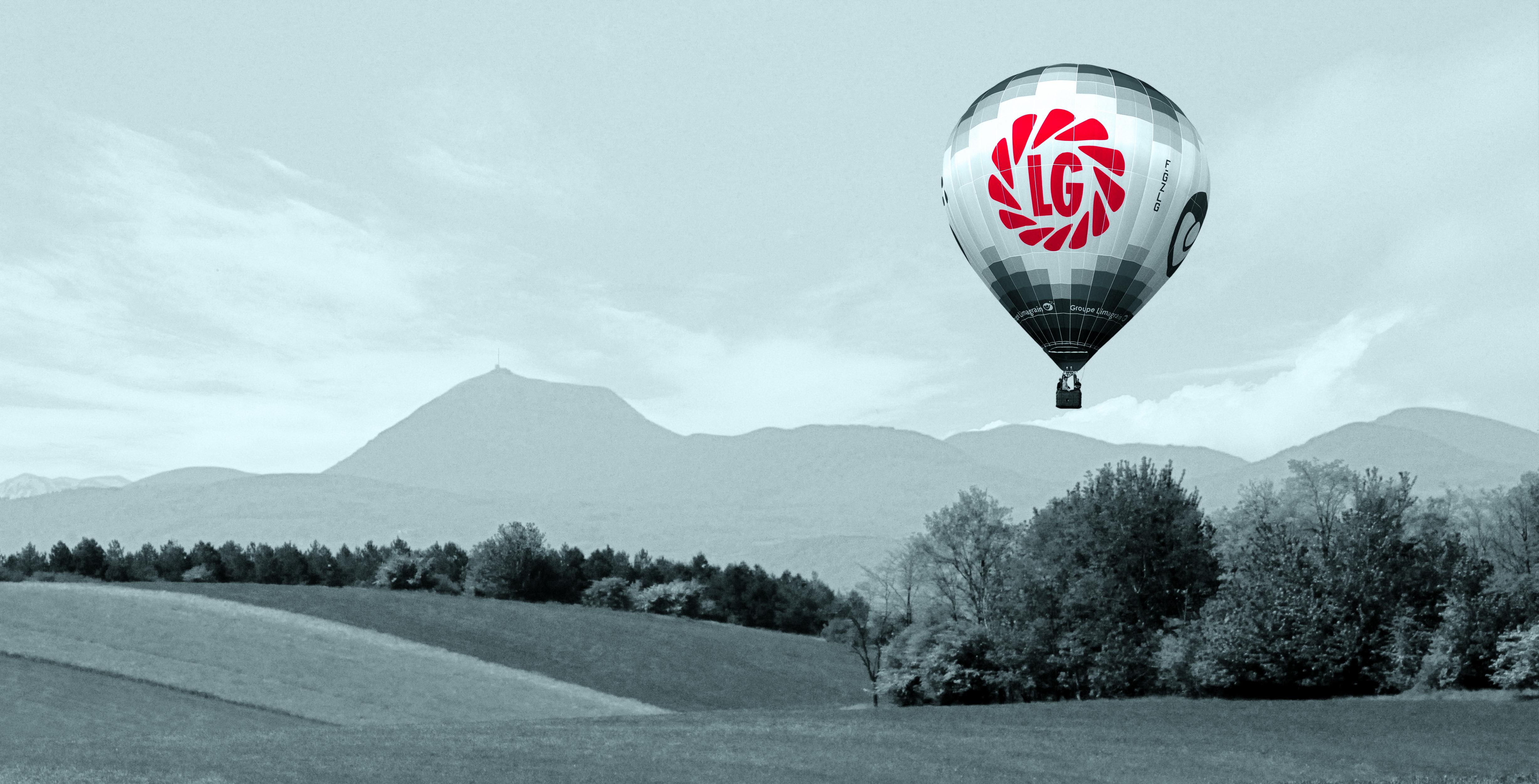 LG ballon over Limagne
